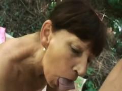 Mature Sucks Cock Whit Deep Throat
