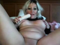 Bictitted Sensual Milf Lilliannaxxx Masturbates Alivegirlcom