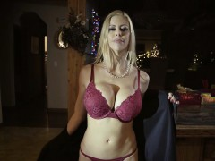 sexy stepmom squirts over stepsons penis during christmas xxx.harem.pt