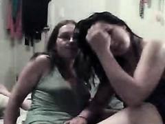 farm-teen-threesome-on-toprealcams