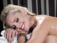 hottie-alena-croft-gets-oiled-up-and-massaged
