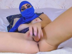 squirting muslim arab babe loves backdoor and pussy fuck