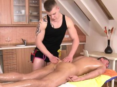 Homo Chap Is Delighting Masseur's Thick Male Penis