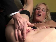 squirting-brit-granny-throatfucked