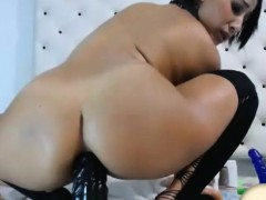 Cute Nice Ass Camgirl Fucking Her Nasty Ass With Dildo