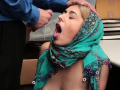 shoplyfter- hijab bitch harassed and strip-searched