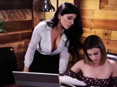 Teacher Romi Rains Makes Student Kristen Scott Eat Her Pussy