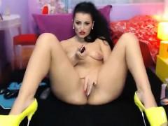 horny-webcam-teenage-lassie-fucks-a-sex-toy