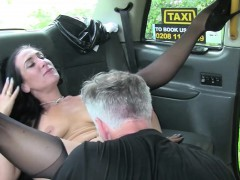 beautiful-milf-blowjobs-and-then-ass-fucked-in-the-taxi