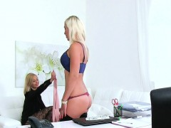 cute lesbians doing it on casting xxx.harem.pt
