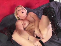 giant-black-dildo-riding-with-marilyn