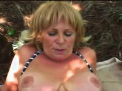 a-slutty-blonde-granny-rubs-hr-pussy-then-sucks