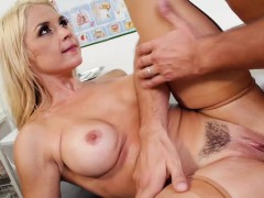 brazzers-doctor-adventures-cum-for-nurse
