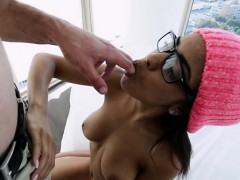 Perfect Body Teen Sweetheart Enjoying A Blowjob Act