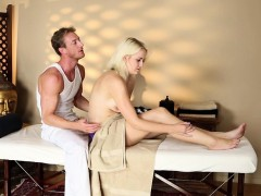 gorgeous-massage-babe-fucked-by-her-masseur