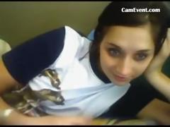 more-teeneger-girls-on-camevent