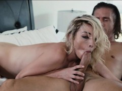 tight-blonde-babe-zoe-parker-pussy-licked-and-fucked-deep