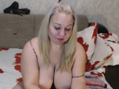busty-midget-huge-boobs-and-bubble-butt-pusa-cams