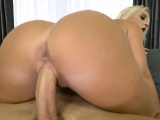 MILF Rossella Visconti screwed have a great fuck session