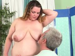 bbw-gets-her-body-twat-and-ass-massaged