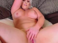 blonde milf pound that pink pussy