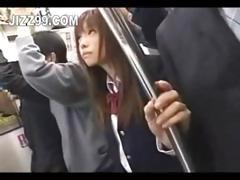 japanese-schoolgirl-creampie-fucked-in-train-03
