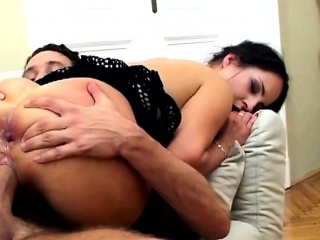 Hot Euro Slut Gets Double Penetrated In Best Threesome Of