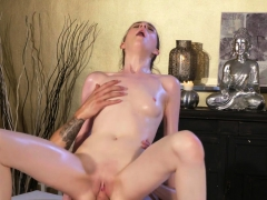 pale-babe-gets-feet-massage-and-cunt-fuck