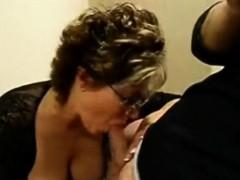 blonde-amateur-milf-does-anal-on-pov-camera-05