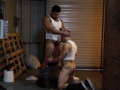 Bromo Damien Stone With Jeremy Spreadums At