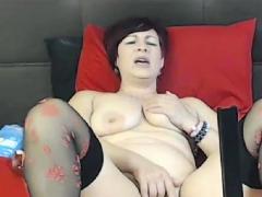 Latina Milf With Fuck Machine