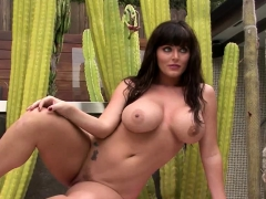 Big Boobed Sophie Dee Poses Poolside