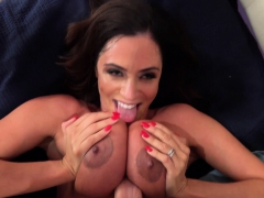 Ariella Ferrera wedges cock between giant tit