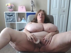 bbw-granny-has-the-biggest-natural-saggy-tits-in-usa