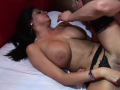 twins-get-fucked-in-hardcore-fashion