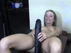 Female Bodybuilder Claire Enjoys Working Out Naked