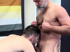 Tom Carlton Likes To Get Hairy With Vincent Viau
