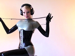 rubber-latex-suit-softcore