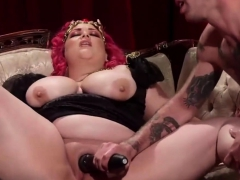 dominant-chick-makes-him-submit-to-her