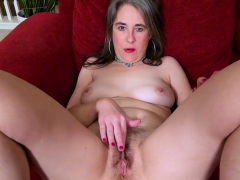 usawives-horny-milf-self-masturbation-footage