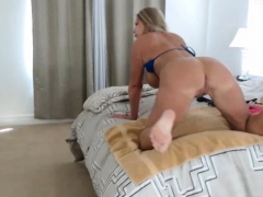 blonde-milf-with-big-tits-in-bikini-showing-on-cam