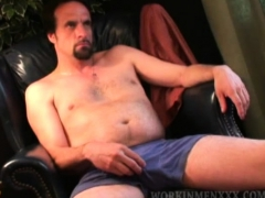Mature Amateur Joe Beats Off