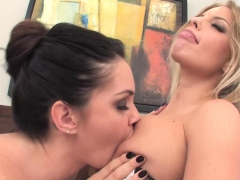Alison Tyler And Britney Use A Hitachi On Each Other