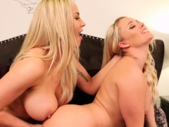 Two Hot Blondes Play In The Jacuzzi Then The Bedroom