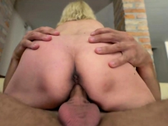 slutty-mature-woman-gets-fucked-hard