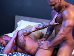 muscle-bear-anal-sex-with-facial-cum