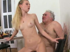 juicy young playgirl enjoys getting old weenie in cunt