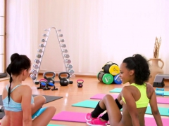 Ebony Gym Babe Pussylicking Workout Dyke