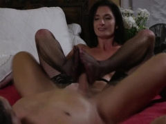 guy-is-spying-on-his-gfs-mom-get-fucked