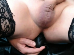 Shemale Masturbates In Stockings With Dildo In Ass